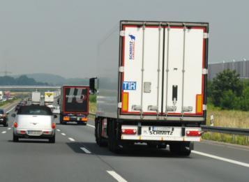 Esame per l'attestato di abilitazione all'attività di trasporto merci o viaggiatori: 16 ottobre 2018