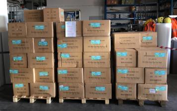 Coronavirus: 150.000 mascherine chirurgiche donate da #AiutiAMObrescia