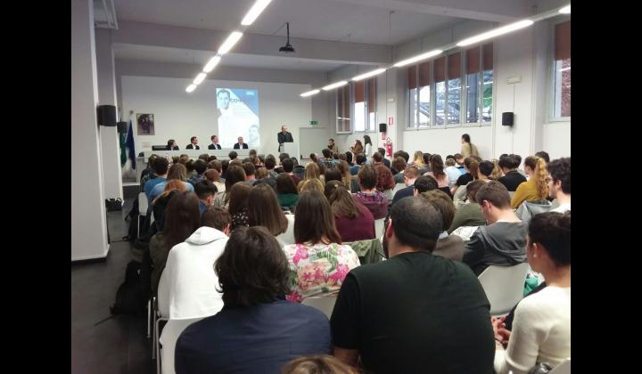 Politically Connect - Preside Accademia Santagiulia