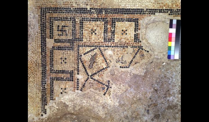 Motivo decorativo centrale del mosaico di età augusta