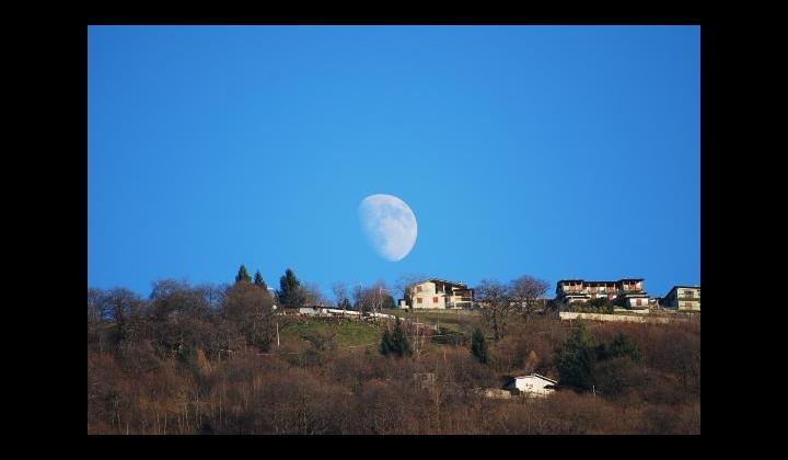 SPBS 510 - La luna che sorge - 2