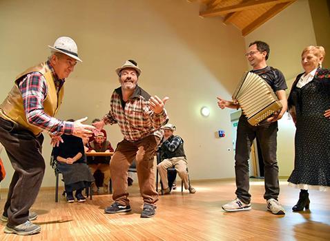 Movenze di comunità. La danza tradizionale in Valle Camonica