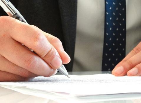 Avviso pubblico per la manifestazione di interesse per la candidatura alla designazione quale tecnico qualificato in seno alla consulta provinciale per le attività estrattive di cava prevista dall'articolo 33 della legge regionale n. 14/98