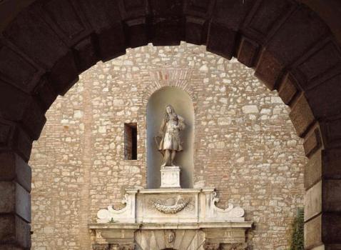 Ingresso di palazzo martinengo