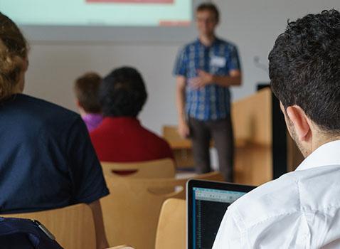 Avviso per l'ammissione all'esame per l'abilitazione di istruttore di autoscuola